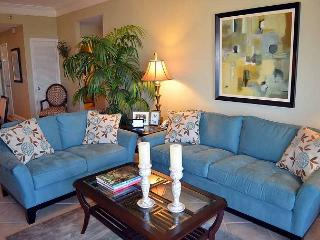 Stay in one of the best-rented condos in private resort~Gorgeous water views, Miramar Beach