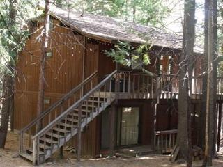 Conlan Cabin offers quiet area, great value. 3 bedrooms, 2 baths, sleeps 10.