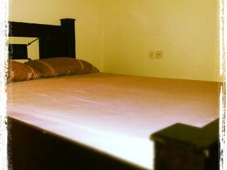 great location! 2 bedroom&yard, Eilat