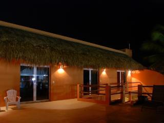 Cas-A-Beer - Isla Mujeres 4 Bedroom Vacation Rental with Pool (Casa Beer)