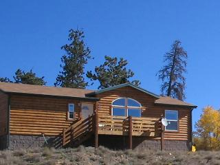 Wood Lodge get away. Fishing, skiing, hiking, ATV, Jefferson
