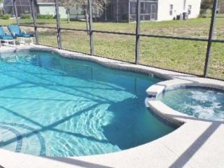 Deluxe 5 Bedroom 3.5 Bathroom Villa with Pool and Spa. 939AL