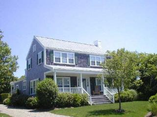 19 Derrymore Road, Nantucket