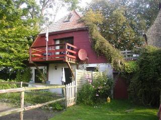 Vacation Apartment in Waabs - 700 sqft, natural, personal, dog-friendly (# 5079), Ostseebad Damp