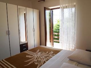 Apartment for 8 people, 100m from the beach