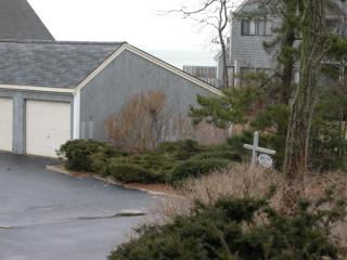 High-end Brewster ,Mass. Bay view town home