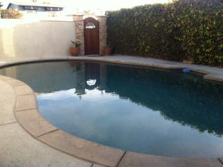 Rosa Beach House with Pool & Jacuzzi, San Clemente