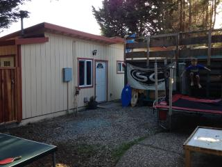 The yard, we removed the ping pong table and the jumping area for the kids;)