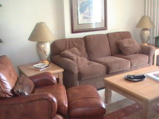 Oceanfront 3 Bedroom Rental in Quiet Building Myrt