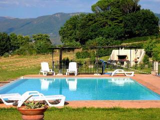 Spoleto By The Pool:APT 5. Central Spoleto/0.7 mls