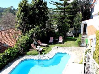 Kani Violet Villa, Jamor, Lisboa, Linda-a-Velha