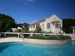 "Sion Hill Plantation: 3 Bed ""Orchard Apartment"", St. James"