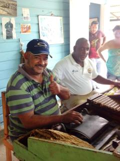 'Bavaro Runner' Excursion Hand rolling cigars