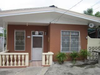 Camanggaan Guest House Laoag City,Ilocos Norte Philippines