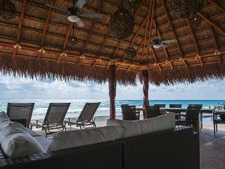 Impresionante vista al mar Villa Mayette minutos de la playa, Playa del Carmen