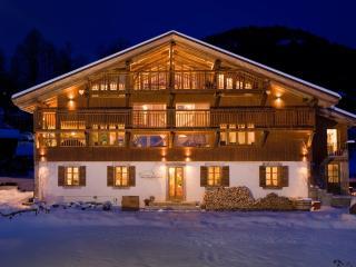 Ferme du Ciel (Luxury Ski Chalet)