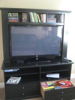 50' flat-screen TV with WiFi, books, games, puzzles, large library of movies for your use