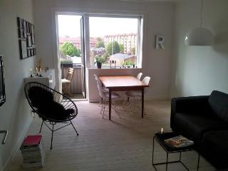 Nice bright Copenhagen apartment in northwest area, Copenhague