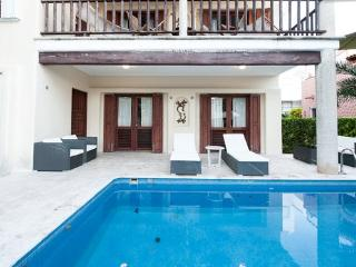 Charming Beach Villa Iguana w. Private Pool, Playa del Carmen