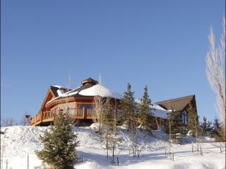Massive Steamboat Ski House with Incredible Views, Steamboat Springs