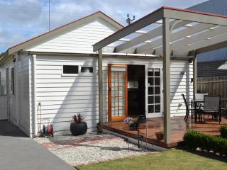 Lawson's Cottage, Geelong