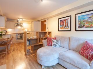 Drummond Street Apartment, Edinburgh