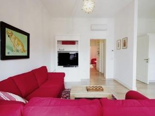 Modern & bright apt with nice view in Santa Croce, Venice