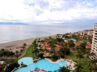 Condominio frente al mar espectacular con vistas panorámicas, Puerto Vallarta
