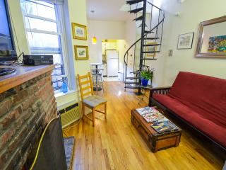 2br Duplex w/ Private Roof deck Near Empire State!, New York City