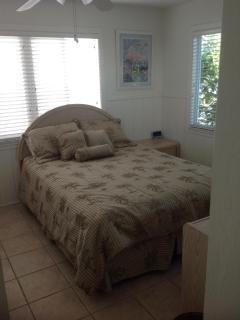 BR #2 - QUEEN BED