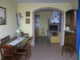 apartment in farmhouse near Piedicolle x 4 guests, Collepepe