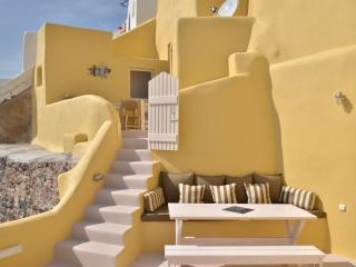 Lava House, Santorini