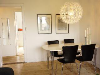 Nice Copenhagen apartment in ethnic area at Noerrebro
