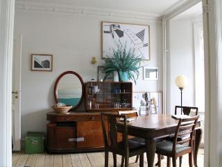 Cozy Copenhagen apartment near Noerrebro station, Copenhague