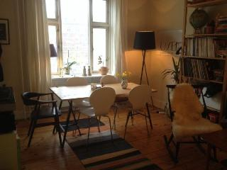 Classic Copenhagen apartment in typical Vesterbro style, Kopenhagen