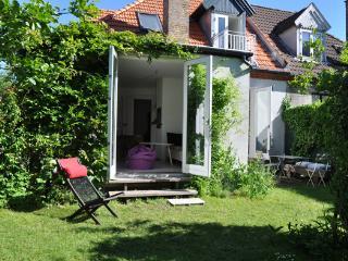 Charming townhouse with a small romantic garden, Copenhague
