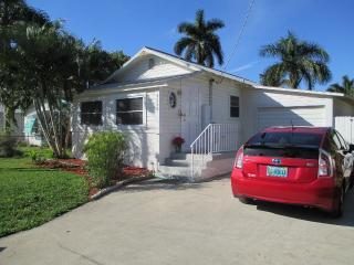 Pelican Cottage, Cortez, FL, Bradenton