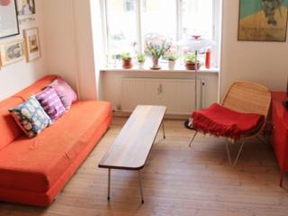 Child friendly Copenhagen apartment near city beach
