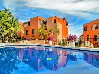 Discounted rates! Ocean view condo with pool, spa, and private beach, Cabo San Lucas