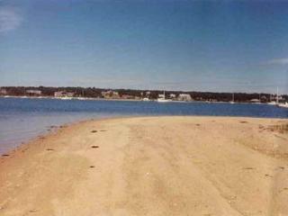 ALLIS - Down Harbor Chappy, Waterfront