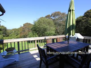KINNE - Easy Breezy Vacation Home with Distant Waterview,  Tri-Level Living