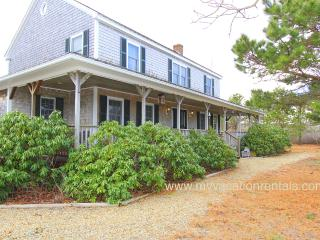 MARCA - Long Point Beach, Beautiful Contemorary Farm House with Large Porch, Dec