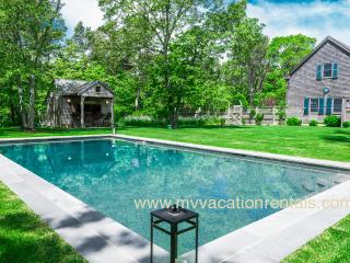LEMAA - Katama Luxury Home - Private Heated Pool with Pool Bar and Patio, Privat