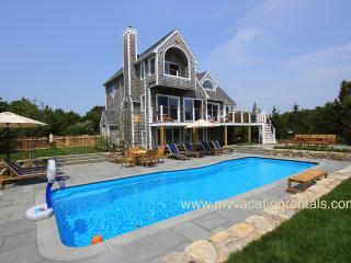 CHUR2 - Designer Tri-Level Luxury Home with Heated Pool, Spacious Patio Area, De
