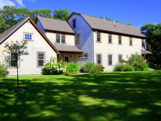 CLARA - Gorgeous Makonikey Home,  Private Yard and Outdoor Spaces, Short Drive, Vineyard Haven