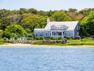 PURDB - Waterfront Luxury, Spectacular Views, Recently Renovated, Close, Edgartown