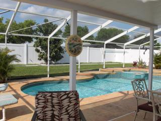 Disney Vacation Retreat - Just 3 Miles from Disney, Kissimmee