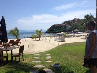 Puerto Vallarta's Dream Come True, La Cruz de Huanacaxtle