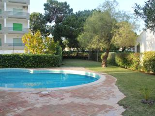 GOLF Atlantico T-2 Duplex with pool in Vilamoura