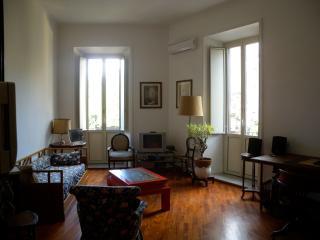 Meraviglioso appartamento fronte parco, Rome